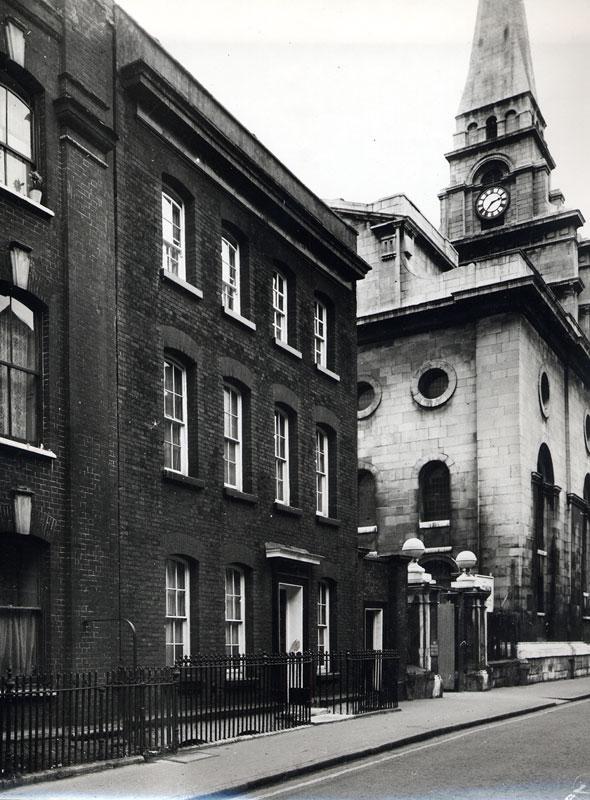 Spitalfields London: Spitalfields Rectory, 2 Fournier St, London « The Workhome